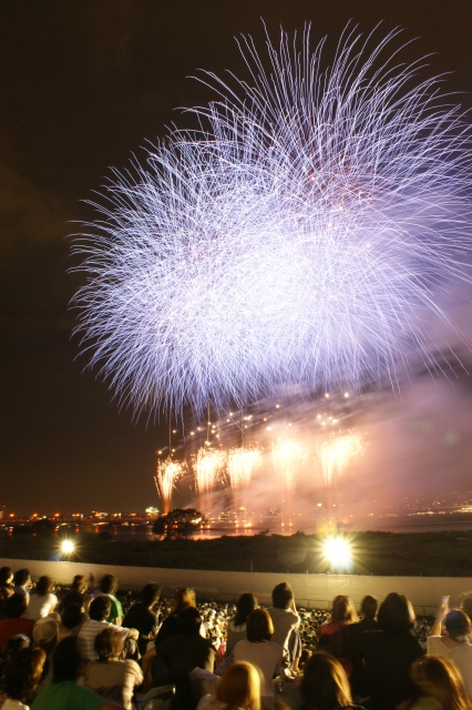 tenjinmatsuri-fireworks-1