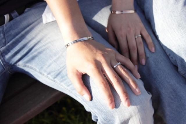 pair-ring-finger-2