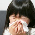 手足口病って鼻水や咳の症状もでる?対処法や効く薬は?登園は?